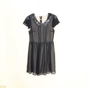 Dresses & Skirts - Peter Pan Collar Dress